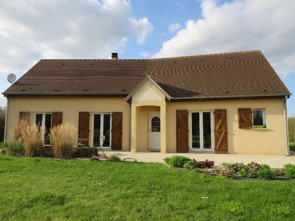 Maison de 112 m² + dépendances