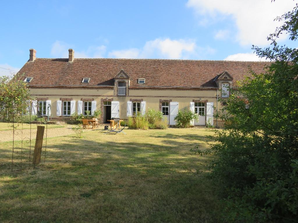 Maison, 4 mn de sortie A11 (Luigny) 10 pièce(s) 250 m2