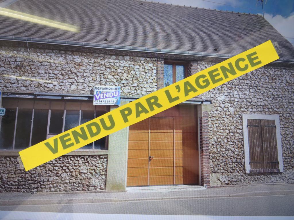 Maison Illiers Combray  66 m², bord du Loir