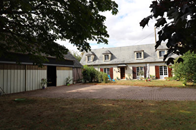 Maison de 200 m², secteur ILLIERS COMBRAY