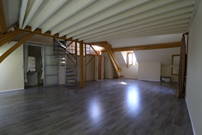 A VENDRE APPARTEMENT CENTRE ILLIERS COMBRAY