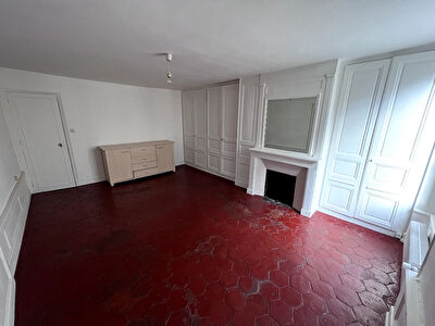 Grand Appartement F4 à Illiers-Combray